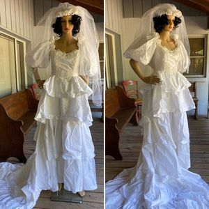 Vintage Southern Belle Wedding Gown Dress Veil